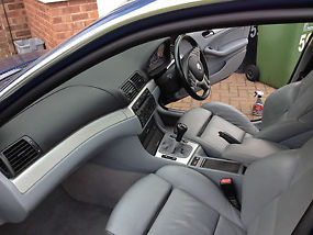 BMW 330iSE 2002 FSH - SPORTS LEATHER INTERIOR AND SUSPENSION image 7