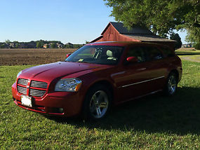 2007 Dodge Magnum Hemi Original Owner-In New Condition image 2
