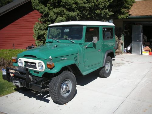 1975  Land Cruiser FJ40