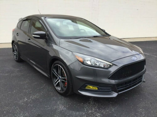 2016  Focus 5dr Hatchback ST 0 Magnetic Hatchback 2.0L 4 Cylinder 6-Speed Ma