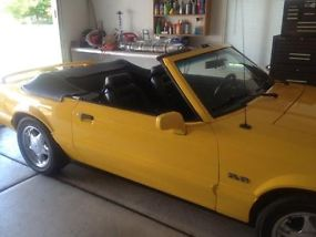 1993 Ford Mustang LX 5.0 Yellow Convertible Limited Edition Only 1503 Made