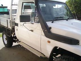 2006 Toyota Landcruiser HZJ79R (4X4) White 5sp M Cab Chassis Ute image 1