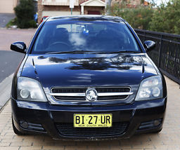 Holden Vectra CDXi (2004) 5D Hatchback 5 SP Automatic (3.2L - Multi Point... image 3