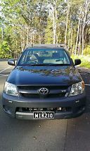 2006 Toyota Hilux SR GGN15R 4x2 V6 Manual NEVER USED AS A TRADE VEHICLE image 1
