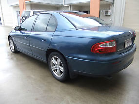 Holden Commodore Executive (2002) 4D Sedan 4 SP Automatic Reg & Rwc image 3