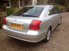 2004 TOYOTA AVENSIS T3-X D-4D SILVER image 1