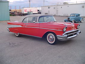 Chevrolet : Bel Air/150/210 Convertible image 3