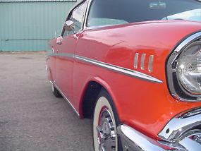 Chevrolet : Bel Air/150/210 Convertible image 7