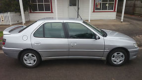 Peugeot 306 XTDT (2000) 4D Sedan 5 SP Manual (1.9L - Diesel Turbo) image 2