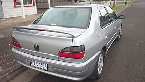 Peugeot 306 XTDT (2000) 4D Sedan 5 SP Manual (1.9L - Diesel Turbo) image 6