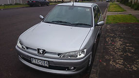 Peugeot 306 XTDT (2000) 4D Sedan 5 SP Manual (1.9L - Diesel Turbo) image 7