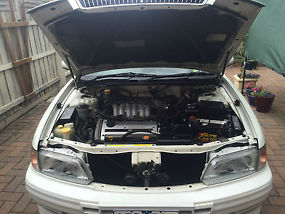 Nissan Maxima GV 3 Litre year 2000 image 1