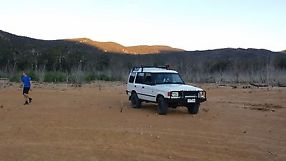 1995 Land Rover Discovery Diesel + second car as spares image 4
