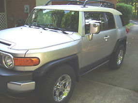 2007 Toyota FJ Cruiser ONLY 56,100 miles image 3