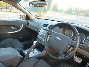 Ford Falcon XR6 2007 with Sunroof LOW KMS only 93,000 KMS Great Condition image 8