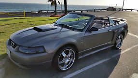 2001 Ford Mustang GT Convertible 2-Door 4.6L image 3