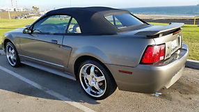 2001 Ford Mustang GT Convertible 2-Door 4.6L image 7