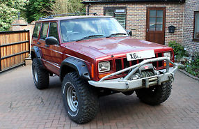 Jeep Cherokee Orvis Auto Red Off-Roader
