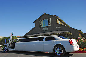 Chrysler 300 Limousine by Royal Coach image 7