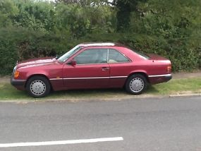 Mercedes 230ce mot, tax. image 2