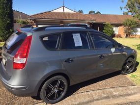Hyundai i30 cw SX 2.0 (2009) 4D Wagon Manual (2L - Multi Point F/INJ) 5 Seats