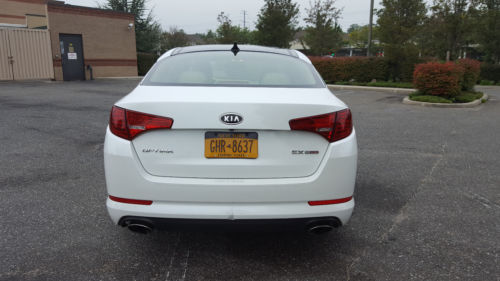2011 Kia Optima Ex Turbo image 1