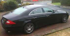 MERCEDES CLS 350 COUPE AUTO 2005 65K MILES BLACK & BLACK LEATHER SAT NAV FSH image 1
