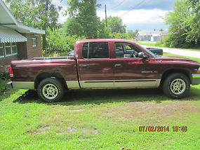 2000 Dodge Dakota SLT Crew Cab Pickup 4-Door 3.9L
