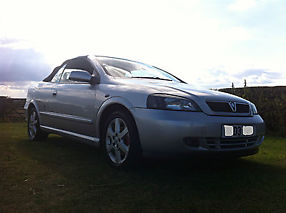 2003 VAUXHALL ASTRA COUPE CONVERTIBLE BERTONE SILVER STUNNING EXAMPLE 1.8 16V image 5