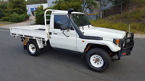 Toyota Landcruiser 4x4 1991 Cab Chassis 4 2L Diesel man 75 series tray     patrol