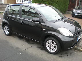 L@@K BLACK DAIHATSU SIRION 1.3 SE LOW MILEAGE 07 PLATE GENUINE MILES CLEAN TIDY