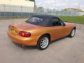MAZDA MX5 CONVERTIBLE ONLY 78,000 MILES FSH FULL MOT IMMACULATE CONDITION PX POS image 4