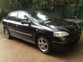 HOLDEN ASTRA 4 DOOR SEDAN 2001