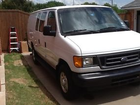 2005 FORD E350 EXTENDED VAN WITH A 6.0 DIESEL ENGINE AND SEATS 4 PEOPLE image 3