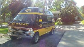 1972 FORD E300 CONVERSION VAN, IOWA HAWKEYE TAILGATE VAN !!! image 1