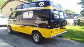 1972 FORD E300 CONVERSION VAN, IOWA HAWKEYE TAILGATE VAN !!! image 2