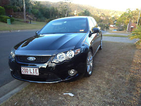 Ford Falcon 2009 XR8 image 7