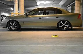 2003 Holden Commodore VYII Berlina Martini Grey Automatic 4sp A Sedan not ford image 5