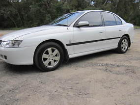 Holden Commodore Acclaim (2002) 4D Sedan Automatic (3.8L - Multi Point F/INJ)... image 3