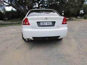 Holden Commodore Acclaim (2002) 4D Sedan Automatic (3.8L - Multi Point F/INJ)... image 4