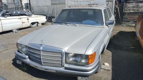 1976 Mercedes-Benz 400-Series SEL image 4