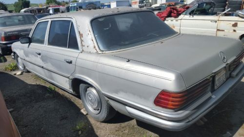 1976 Mercedes-Benz 400-Series SEL image 7