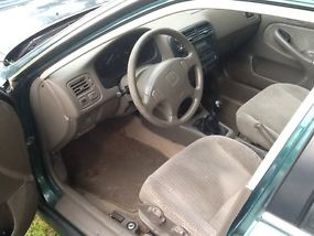 Green LX, 4-door, No Transmission, Body in good condition, Interior is superb image 6