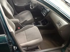 Green LX, 4-door, No Transmission, Body in good condition, Interior is superb image 8