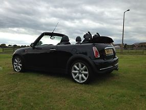 Mini Cooper Convertible, 51000 Miles, 12 months MOT, 24 Month Warranty image 5