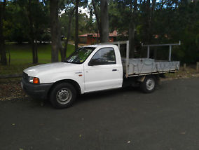 FORD COURIER 2 DOOR UTE (MAZDA BRAVO 2600) 12 MONTHS NSWREGO GREAT CONDITION  image 6