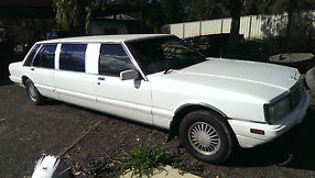 1987 FE FORD LTD STRETCH LIMO