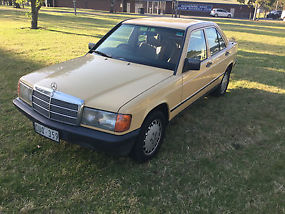 mercedes benz 190d 190 d 2 5 1986 4d sedan automatic 2 5l diesel seats. Black Bedroom Furniture Sets. Home Design Ideas