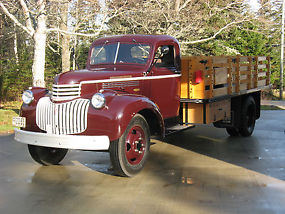 Chevrolet : Other Pickups Maple Leaf 3 Ton image 1