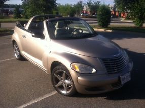 2005 Chrysler PT Cruiser GT Turbo 5 Speed 10,100 miles! Original Owner Leather image 2